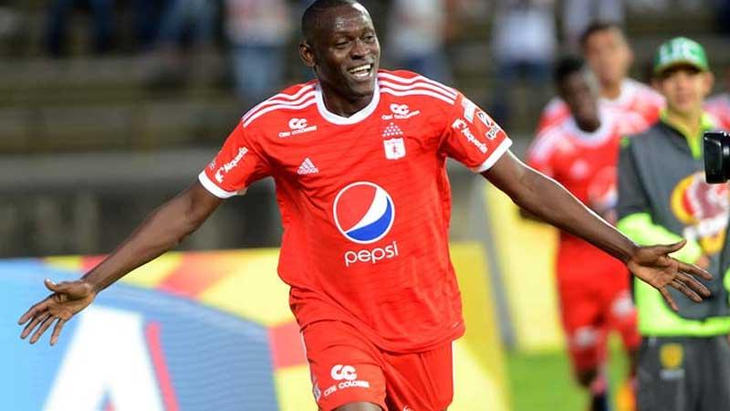 Cristhian Martinez, Liga de Quito, Hernan Barcos,
