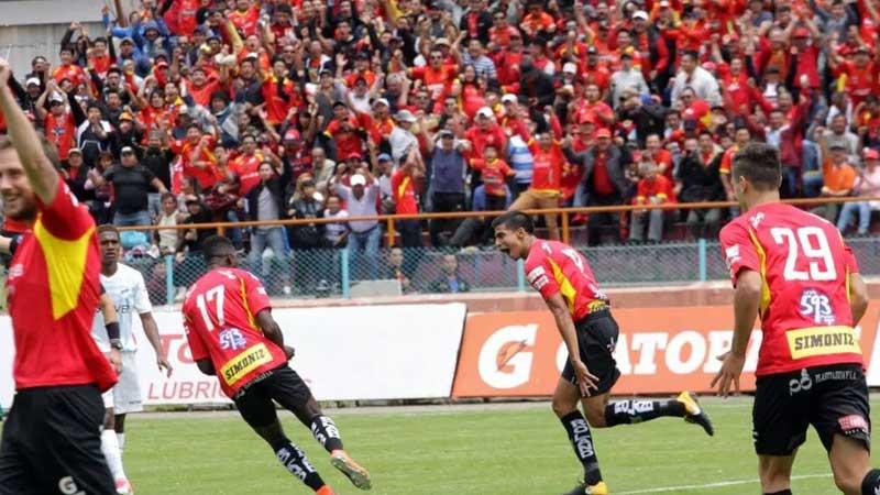Deportivo Cuenca, Fútbol, Universidad Católica,Campeonato Ecuatoriano,