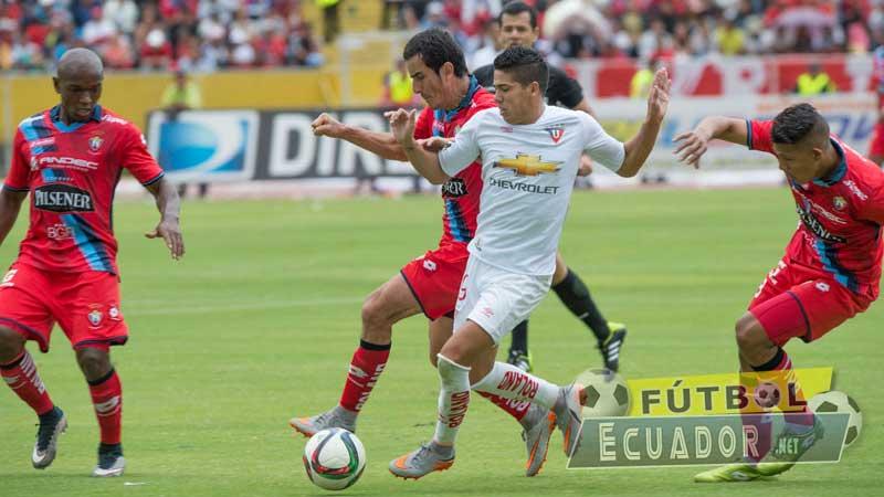El Nacional, Fútbol, Liga de Quito, Campeonato Ecuatoriano,