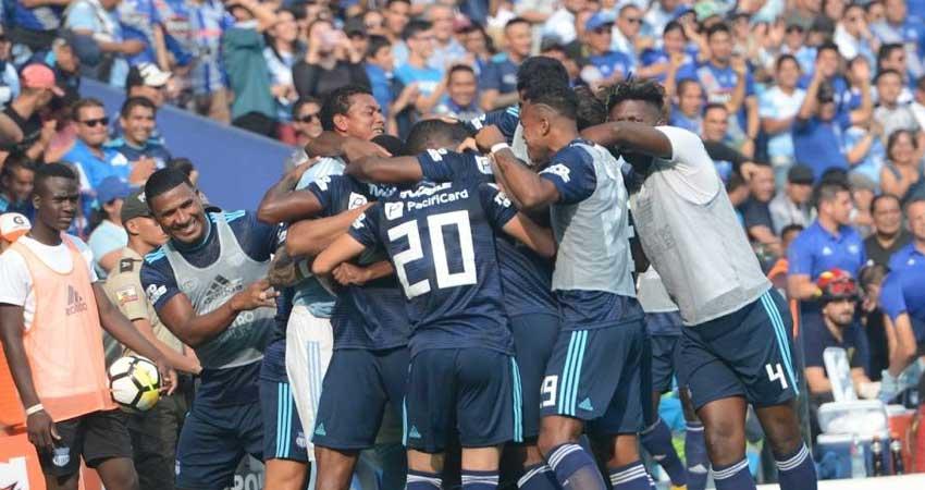 Emelec, Fútbol, El Nacional,