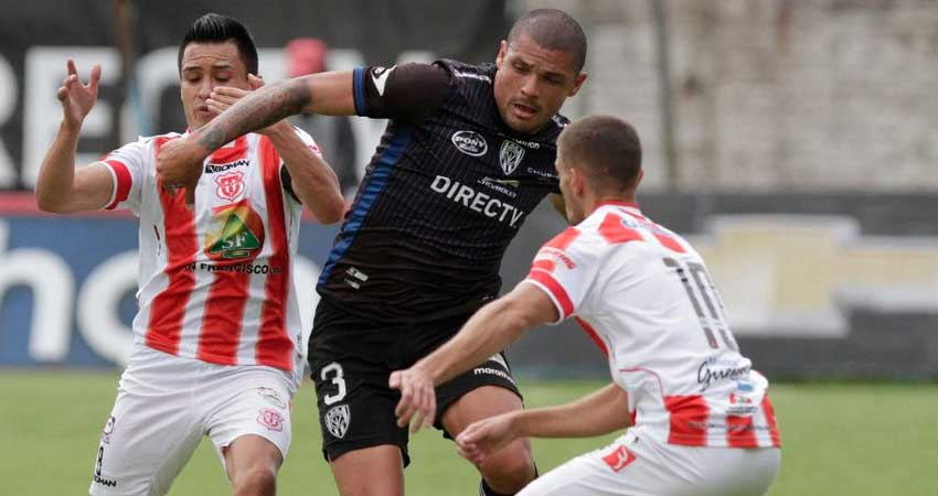 Independiente, Fútbol, Técnico Universitario, Campeonato Ecuatoriano,