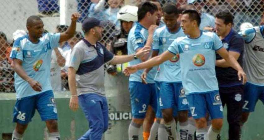 Macará, Fútbol, Liga de Quito, Campeonato Ecuatoriano,
