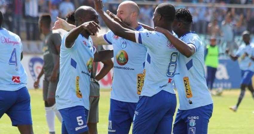 Macara, Liga de Quito, Fútbol,